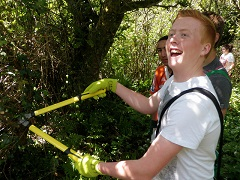 Dylan Thomas School path maintenance volunteering