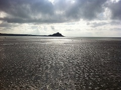 St Michael's Mount from Long Rock beach, Marazion, Cornwall. Credit Sarah Gardner